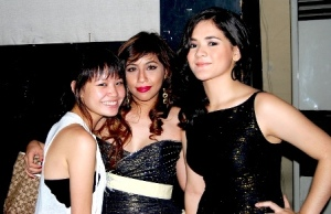 Ericke Tan, SK Vice President Erika Ong and Mandy Marcos