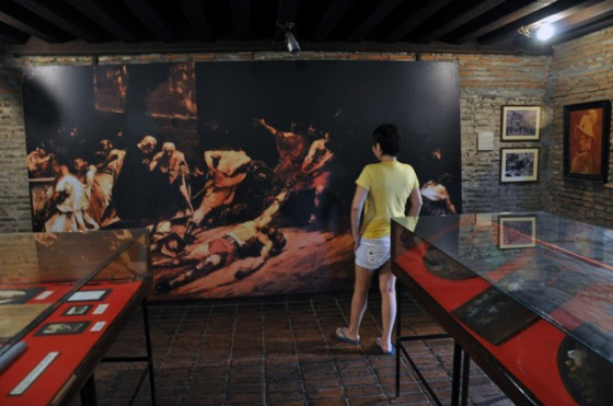juan luna and filipinos great pride essay Essay on juan luna and filipinos great pride analysis of spolarium the first thing you'll notice about the painting is its size standing at 4 meters in height and 7 meters in width, the painting no doubt commands attention and gives off a majestic aura.