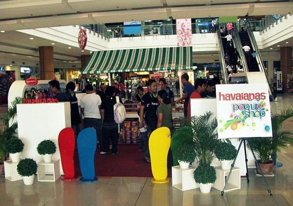 86f749f1f655d3 Havaianas Pop-Up Shop at RobIN