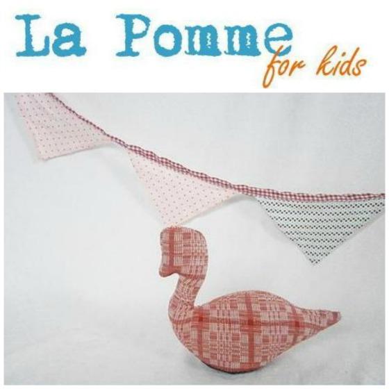 La Pomme for kids